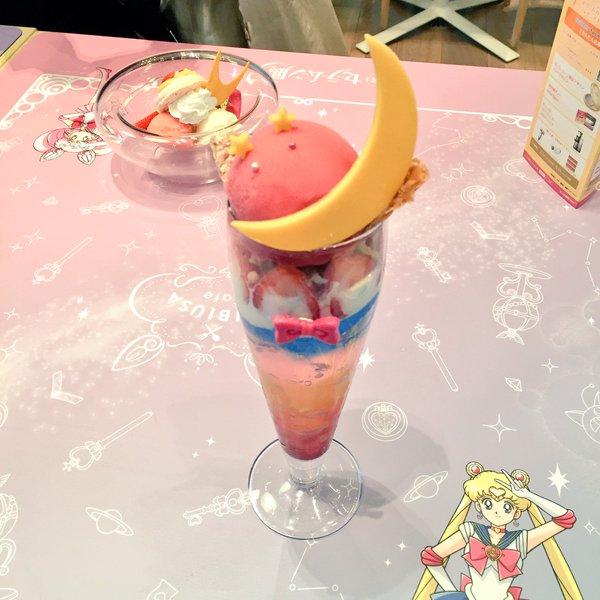 Sailor-Moon-Exhibit-16-animees